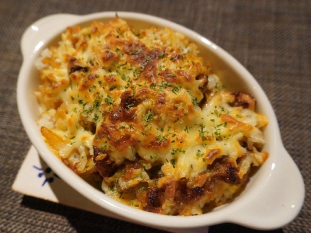 Beef bowl chain shows how to turn gyudon into cheese-tastic baked doria with almost no effort