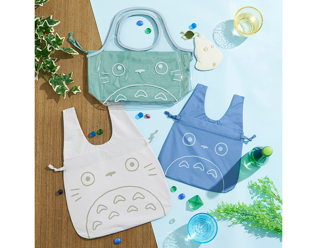 Totoro ready to help keep forests clean this summer with his adorable new reusable shopping bags