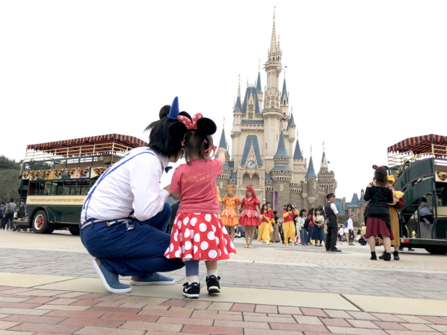 Tokyo Disneyland will require visitors to wear masks indoors when it reopens next month