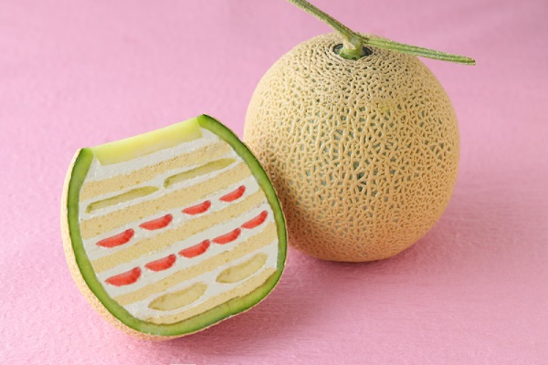Amazingly beautiful cakes inside fruit – Our newest Japanese dessert obsession【Photos】