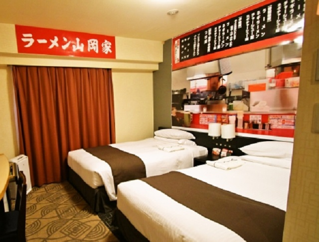 Sleeping with the noodles – Ramen-themed hotel room now accepting guests in Japan
