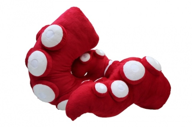 Wearable Japanese tentacle plushies are here to meet all your plush tentacle needs【Photos】