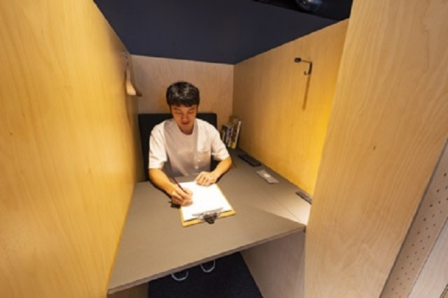 Starbucks opens special telecommuting branch in Tokyo's Ginza neighborhood【Photos】