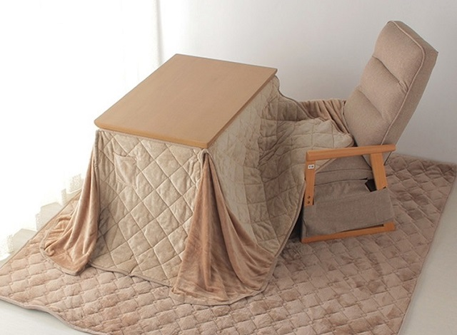 A winter work-from-home essential from Japan: The kotatsu desk【Photos】