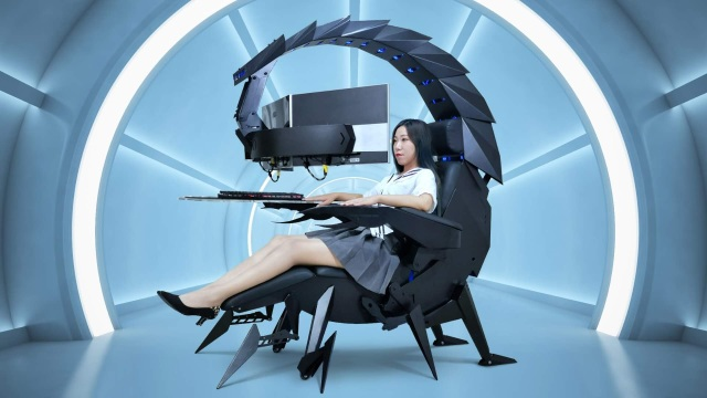 This insane motorized scorpion computer chair is perfect for work-from-home supervillains【Videos】