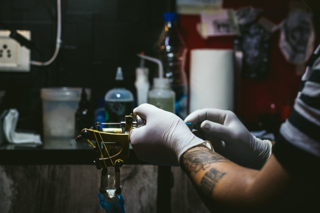 Big win for tattoo artists: Japan's Supreme Court rules medical licenses aren't necessary