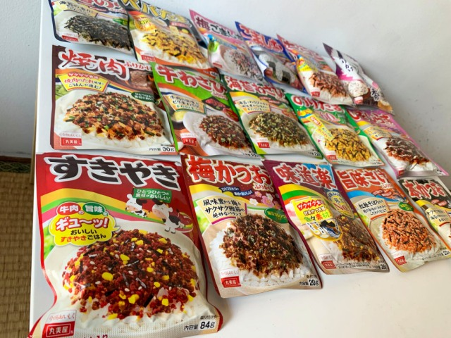 Seiji holds the Grand Prix of Marumiya Furikake【Taste Test】