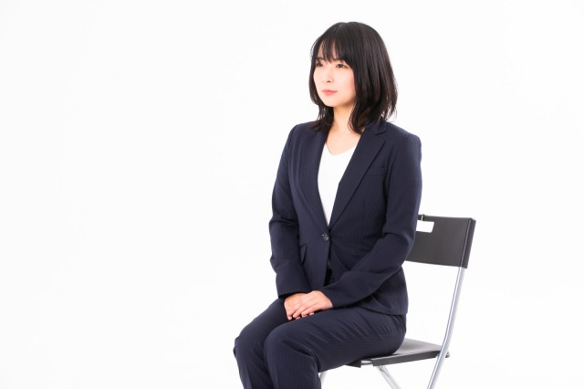 Japanese clothing chain offers an answer to job-hunting suit conundrum