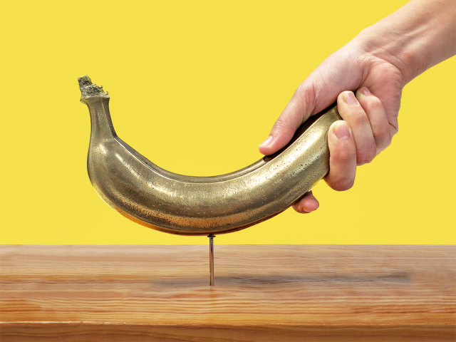 Japan now has a banana hammer made from a real banana…that's not frozen