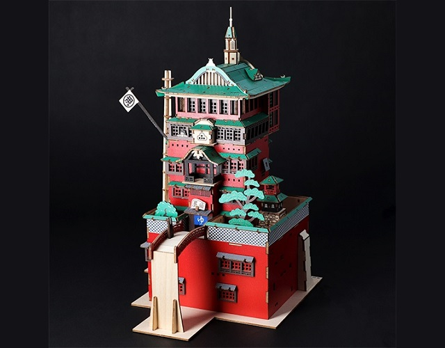 Beautiful 3-D puzzle kit lets you build Ghibli's Spirited Away bathhouse with no tools, glue【Pics】