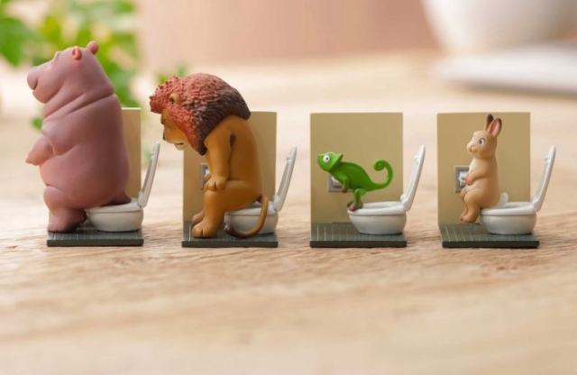 Line of figures depicting animals using toilets begins pre-orders three months in advance