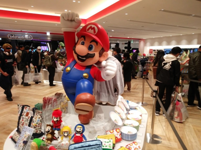 "Nintendo's ""God-like"" customer service warms hearts again, this time helping a husband in Japan"