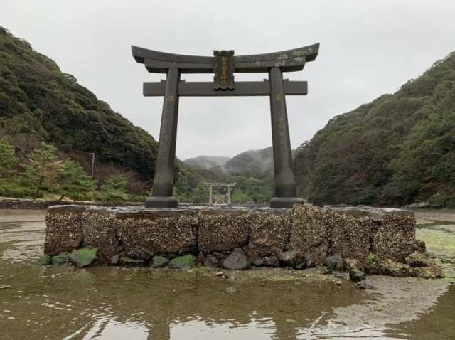 Typhoon destroys real Ghost of Tsushima island shrine torii gate, crowdfunding campaign launched