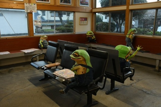 Welcome to Inami Station, where these adorable frogs keep you company as you wait for your train
