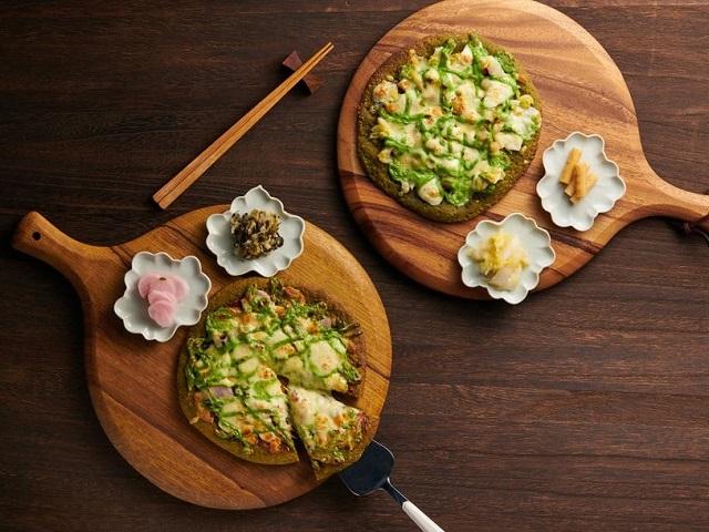 189-year old Kyoto tea merchant creates matcha pizzas