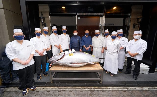 Bluefin tuna fish sells for bargain low price of roughly US$200,000 in Tokyo auction