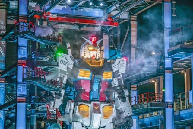 It's not anime, it's real! Amazing life-size Gundam statue photos look like anime source material