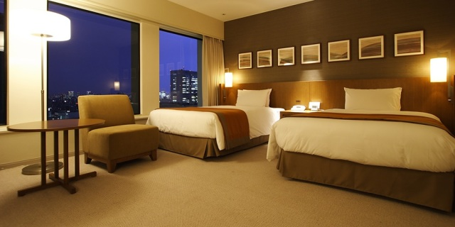 Tokyo luxury hotel offers month-long stays with free breakfasts, might be cheaper than apartment