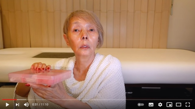 67-year-old Japanese celeb pulls off perfect Disney villain cosplay【Video】