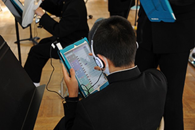 Okazaki City gives all elementary and junior high students portable Vocaloid software