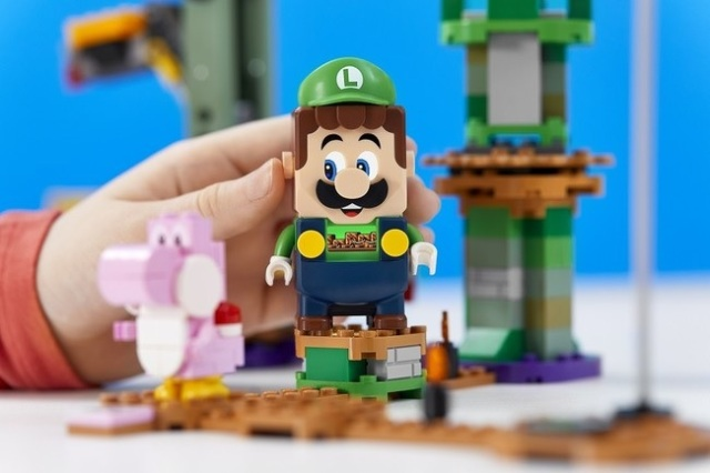 Nintendo announces new Lego Luigi set, and Japan gets it first【Photos, video】