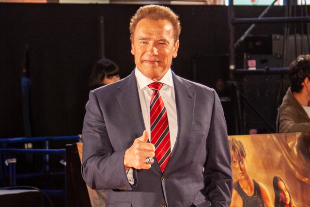 Japanese student writes to Arnold Schwarzenegger for English class, gets awesome reply in return