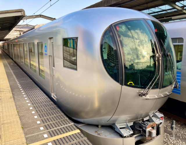 We take a ride on Seibu Railway's futuristic luxury liner: the Limited Express Laview