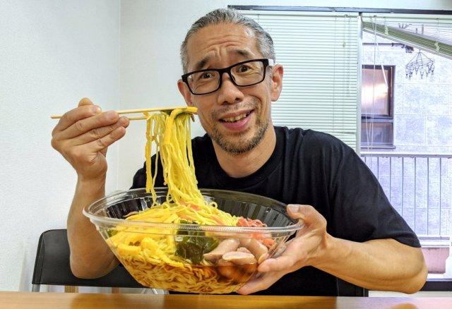 Mr. Sato takes on this mega bowl of hiyashi chuka and possibly snubs his boss in the process