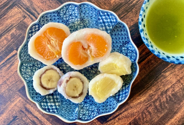 Fruit daifuku – A Japanese mochi dessert that's simple to make and awesome to experiment with