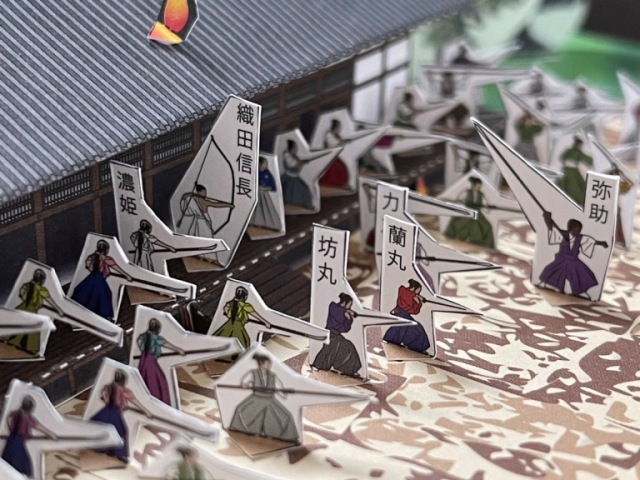 Recreating the greatest betrayal of the samurai era with the Honnoji Incident papercraft kit【Pics】