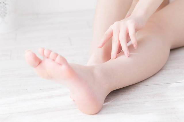 A foot-based way to prevent mosquito bites? Japanese Twitter tries the bloodsucker blocking tip