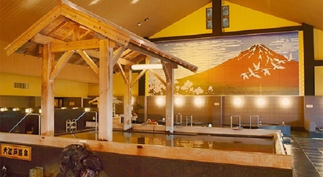 One of Tokyo's best hot spring complexes is closing for good