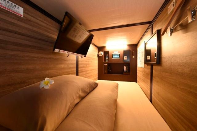 Capsule hotel offers amazing deal, cheaper than an apartment in Tokyo