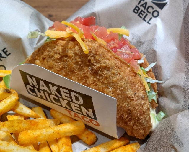 Taco Bell Japan brings back the Naked Chicken Taco, much to our satisfaction 【Taste Test】