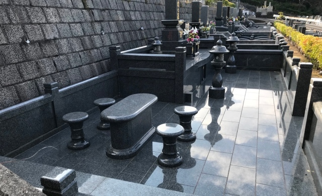 Why a Nagasaki graveyard is one of the best places in Japan to find a seat