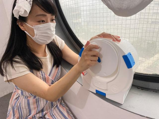 Testing out Japan's portable no-electricity multi-function washing/drying machine【Pics】