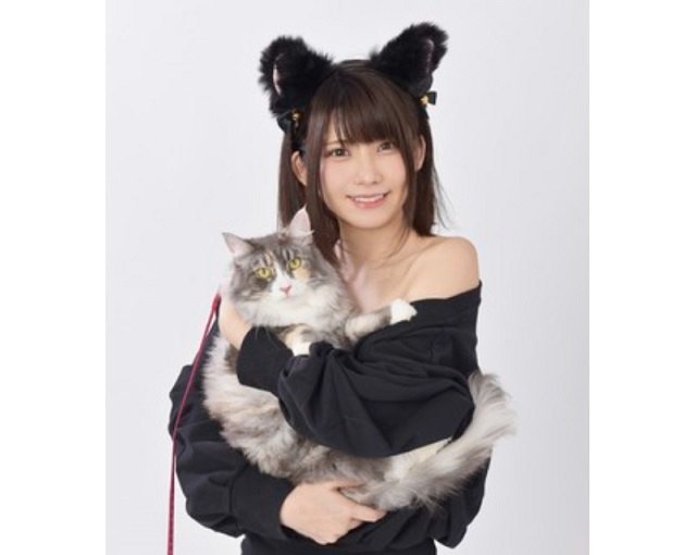 Cats and cosplay gravure models are the focus of number-one cosplayer Enako's new TV show【Photos】