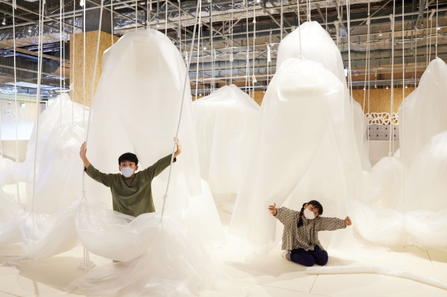 Squish, pop, and roll your way through Tokyo's new ginormous bubble-wrap play park