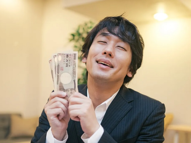 How much money are Japanese people willing to lend their romantic partners?【Survey】