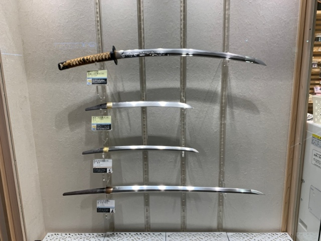 Genuine Muramasa blade and Muromachi katana on display at Tokyo's Touken Ranbu store【Photos】